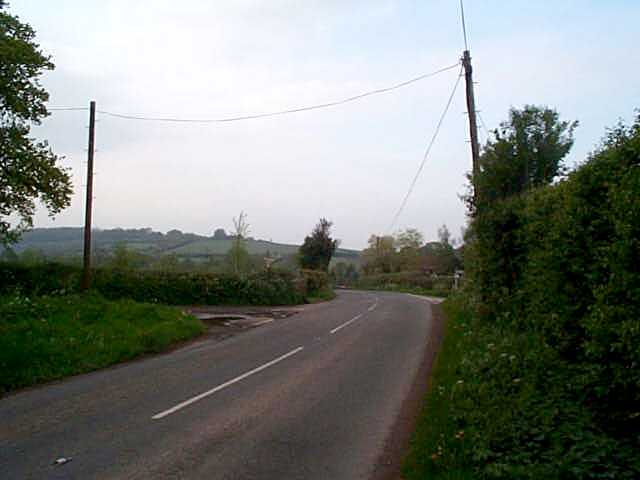 N Entering from Bosbury on B4214, boundary crosses here